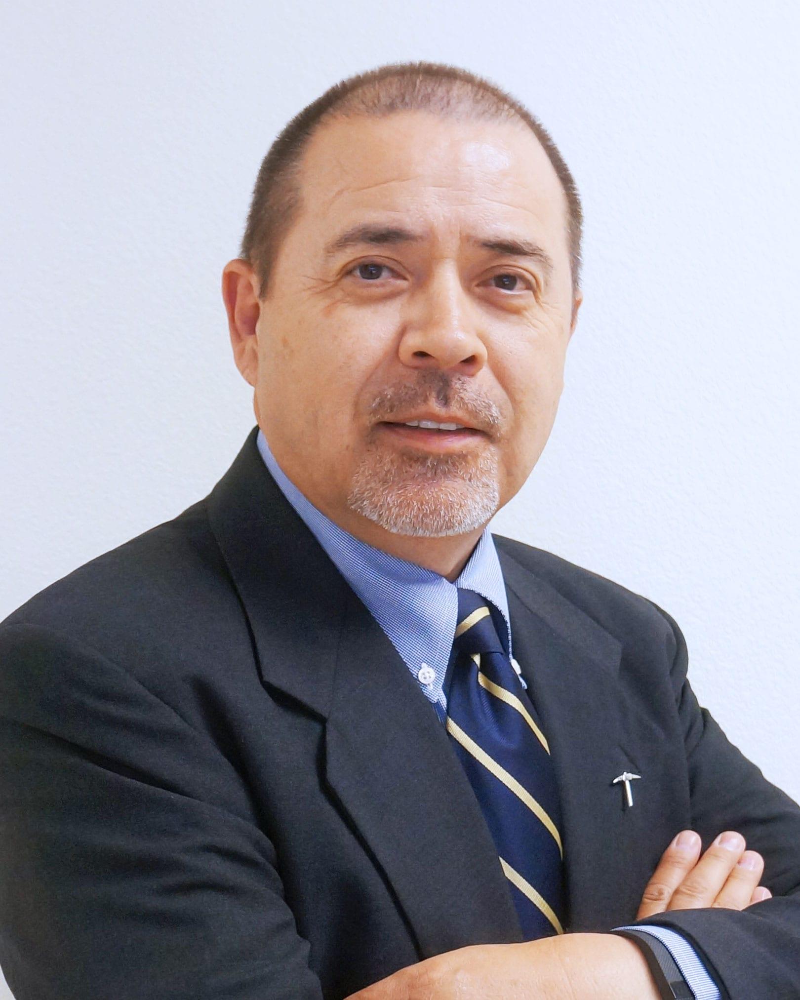 Rogelio Chavira